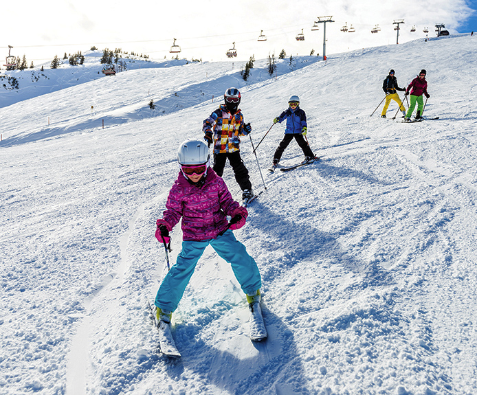 Children skiing in Niederau