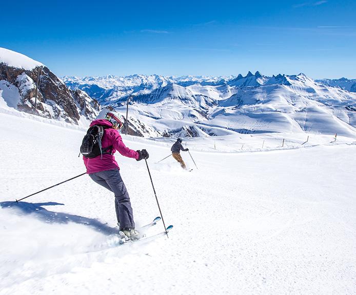 Skiers in Alpe d'Huez