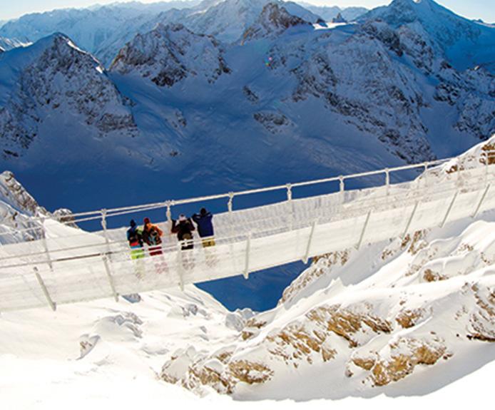 Engelberg suspension bridge in winter
